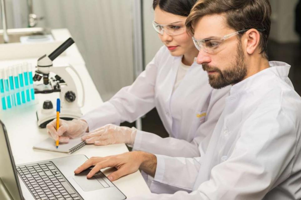 顕微鏡検査10